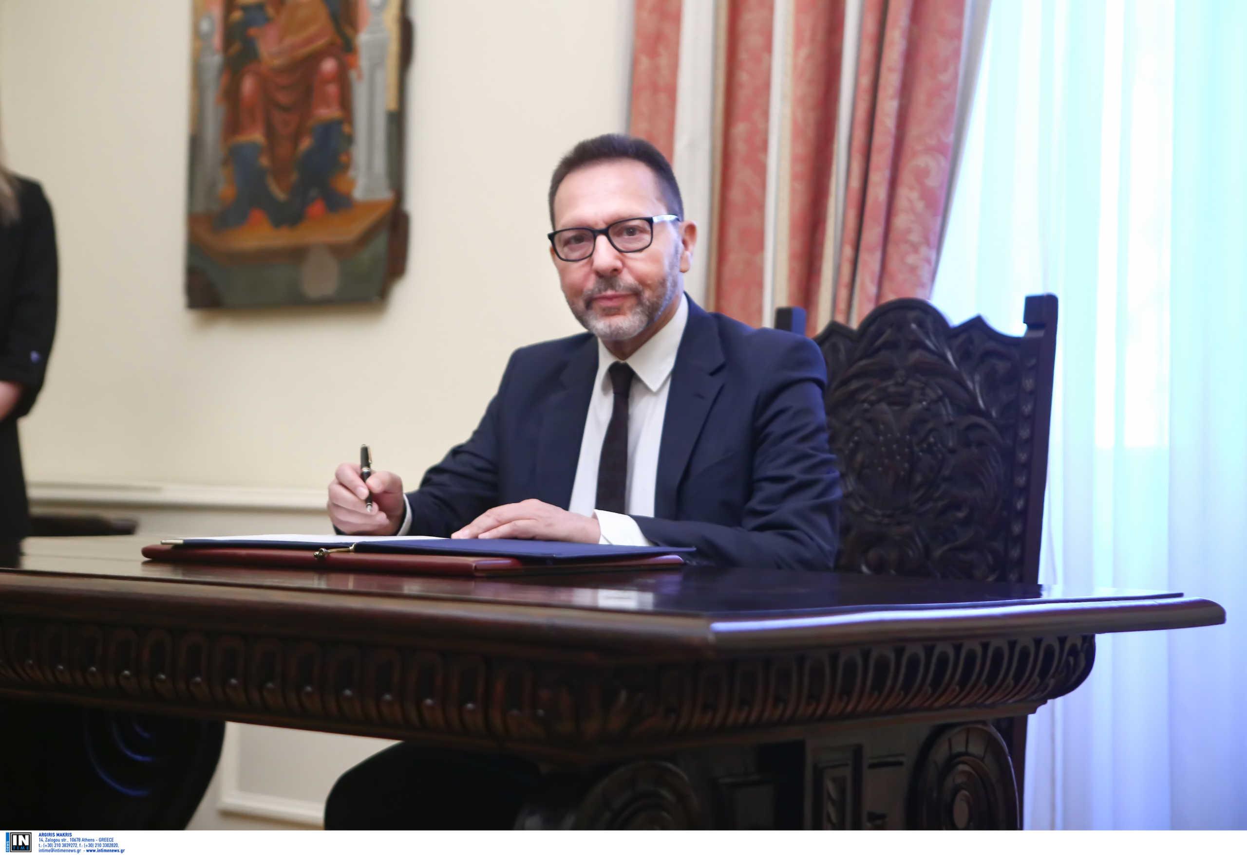 Στουρνάρας: Ύφεση 5,8% το 2020 – Στο 9,4% με το… κακό σενάριο
