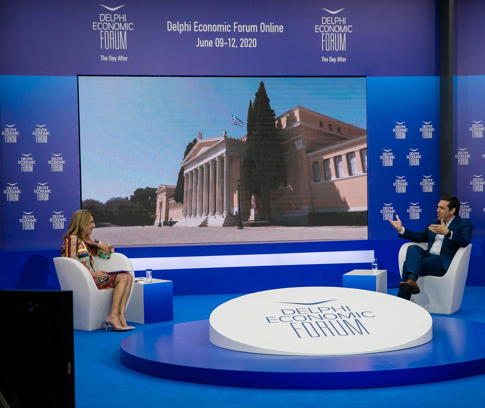 Παραδοχή Τσίπρα πως κάποιοι δημοσιογράφοι πλήρωσαν την κόντρα του με τους καναλάρχες (video)