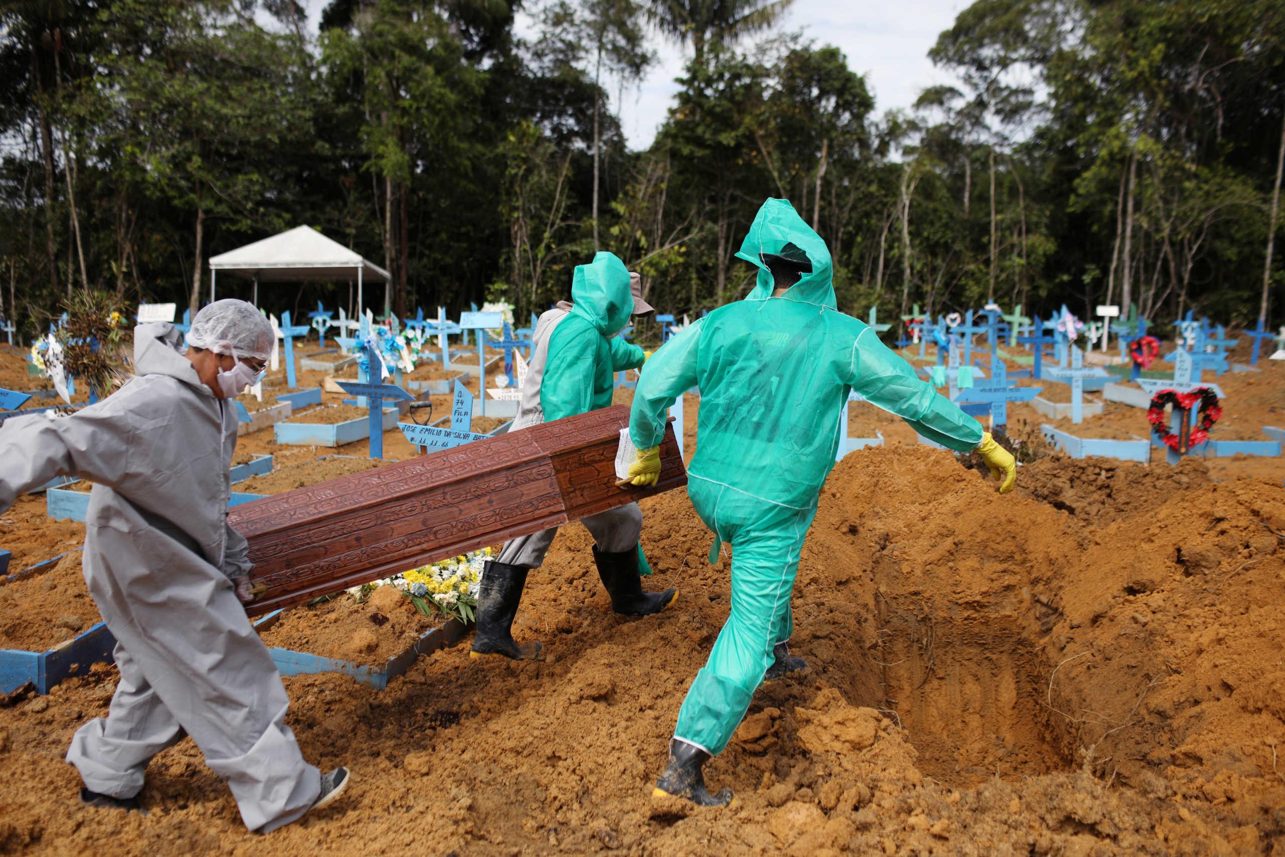 Βραζιλία: Έσπασε το φράγμα των 500.000 θανάτων από κορονοϊό