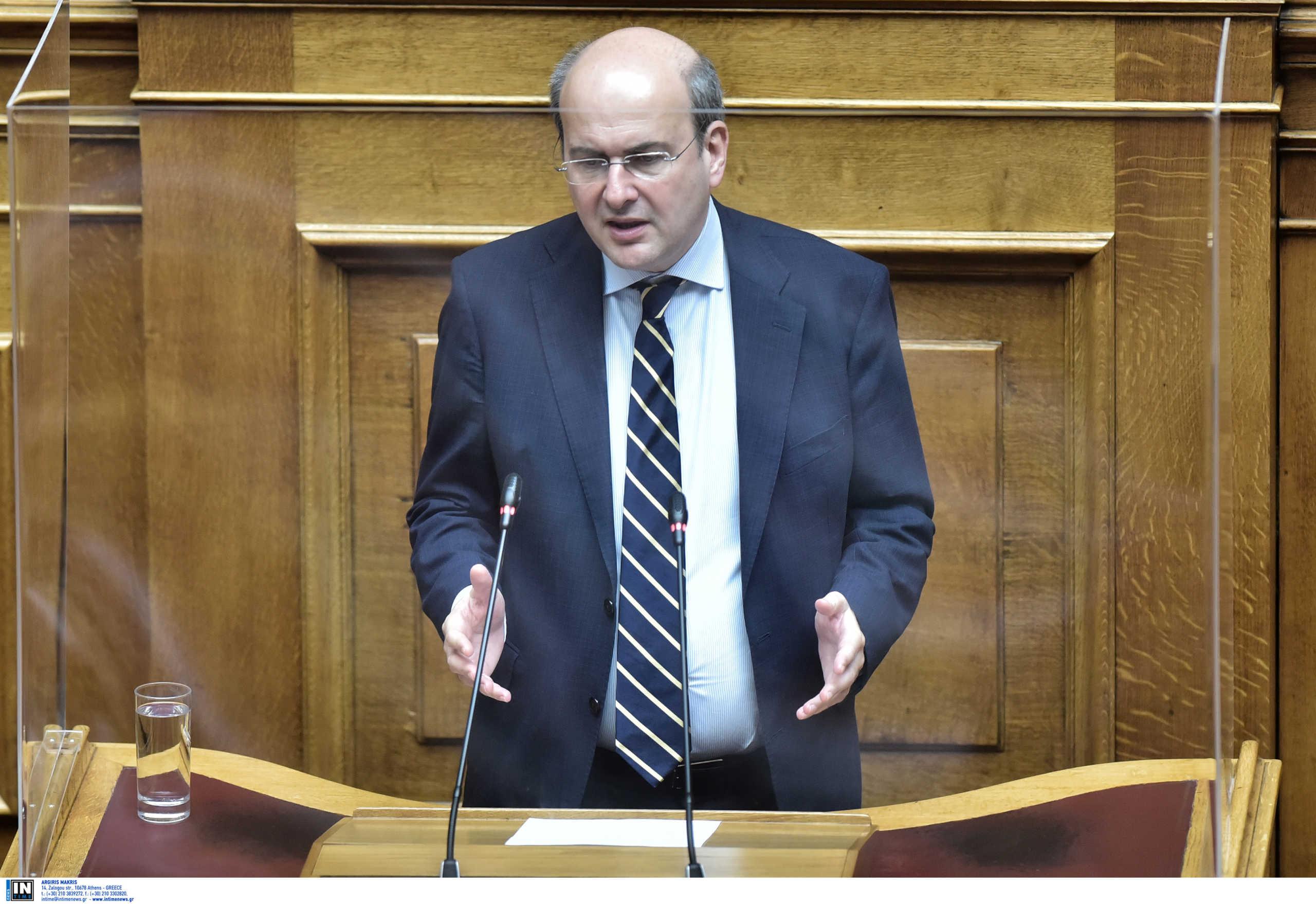 Χατζηδάκης: «Βιομηχανία ψεμάτων και fake news» οι δηλώσεις Τσίπρα για τις εκκρεμείς συντάξεις