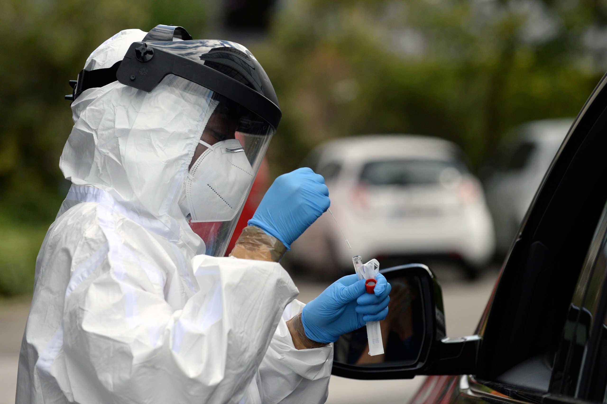 Μελέτη ΑΠΘ για κορoνοϊό: 11.500 κρούσματα και 260 θάνατοι μέχρι τέλος Σεπτεμβρίου στην Ελλάδα