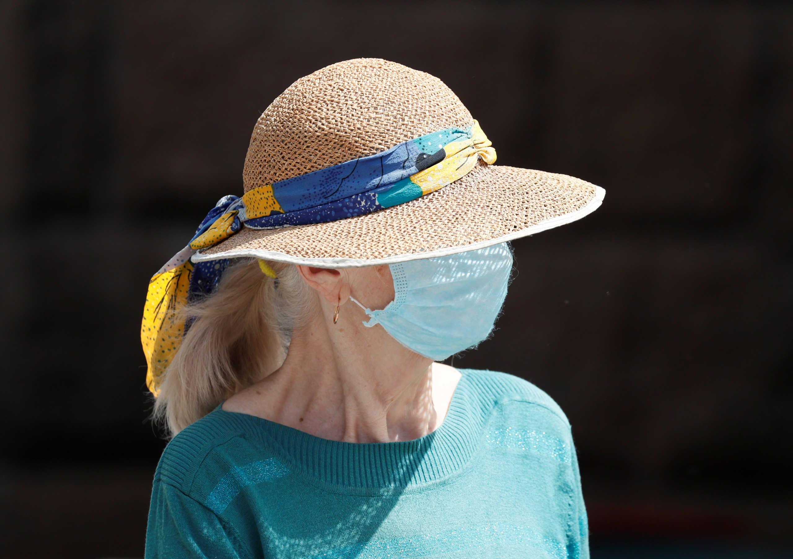 Καταλονία: Υποχρεωτική πλέον η μάσκα παντού!