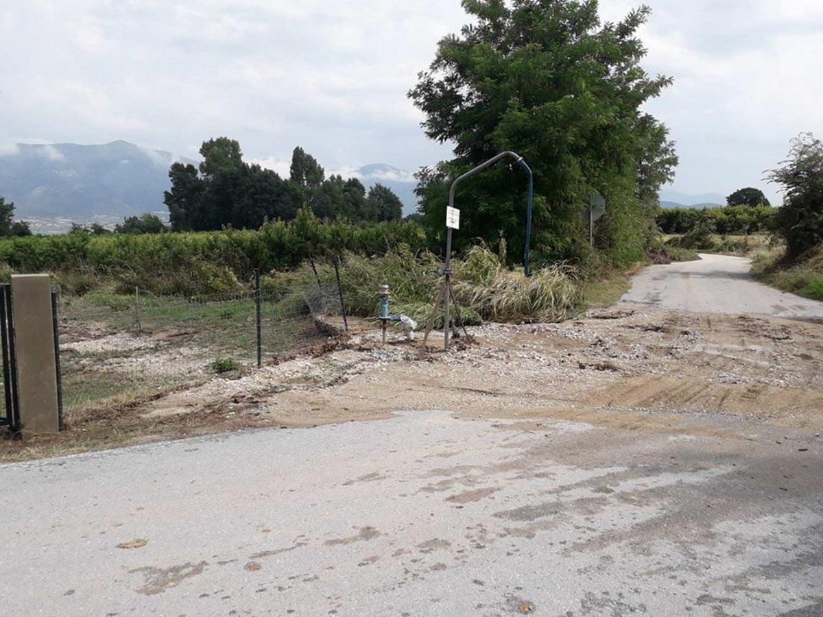 Κοζάνη: Μεγάλες ζημιές έξω από το Βελβεντό από την καταιγίδα