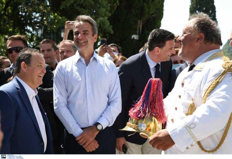 """Μητσοτάκης – Κέρκυρα: """"Σημαντικότερα τώρα τα μέτρα που καταφτάνουν περισσότεροι τουρίστες"""" (pics, video)"""