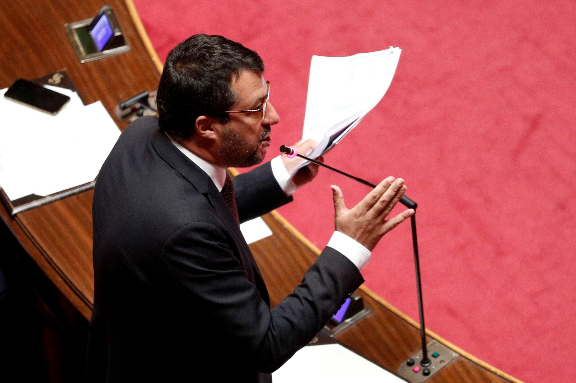 Σαλβίνι: Με 149 – 141 ψήφους παραπέμπεται σε δίκη για μπλόκο σε μετανάστες