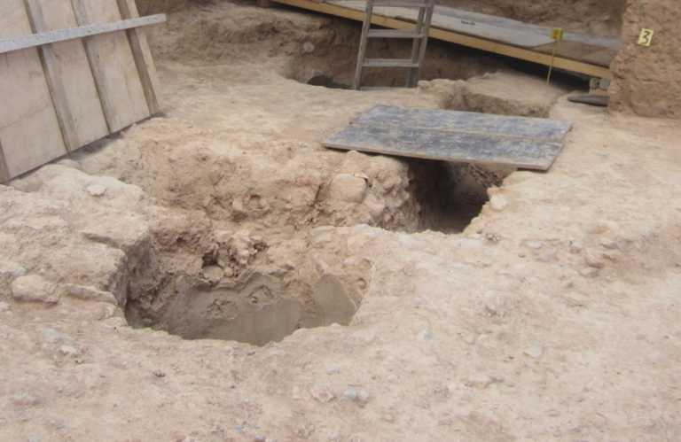 Ακόμα και σε αρχαίους τύμβους έκανε ανασκαφές ο