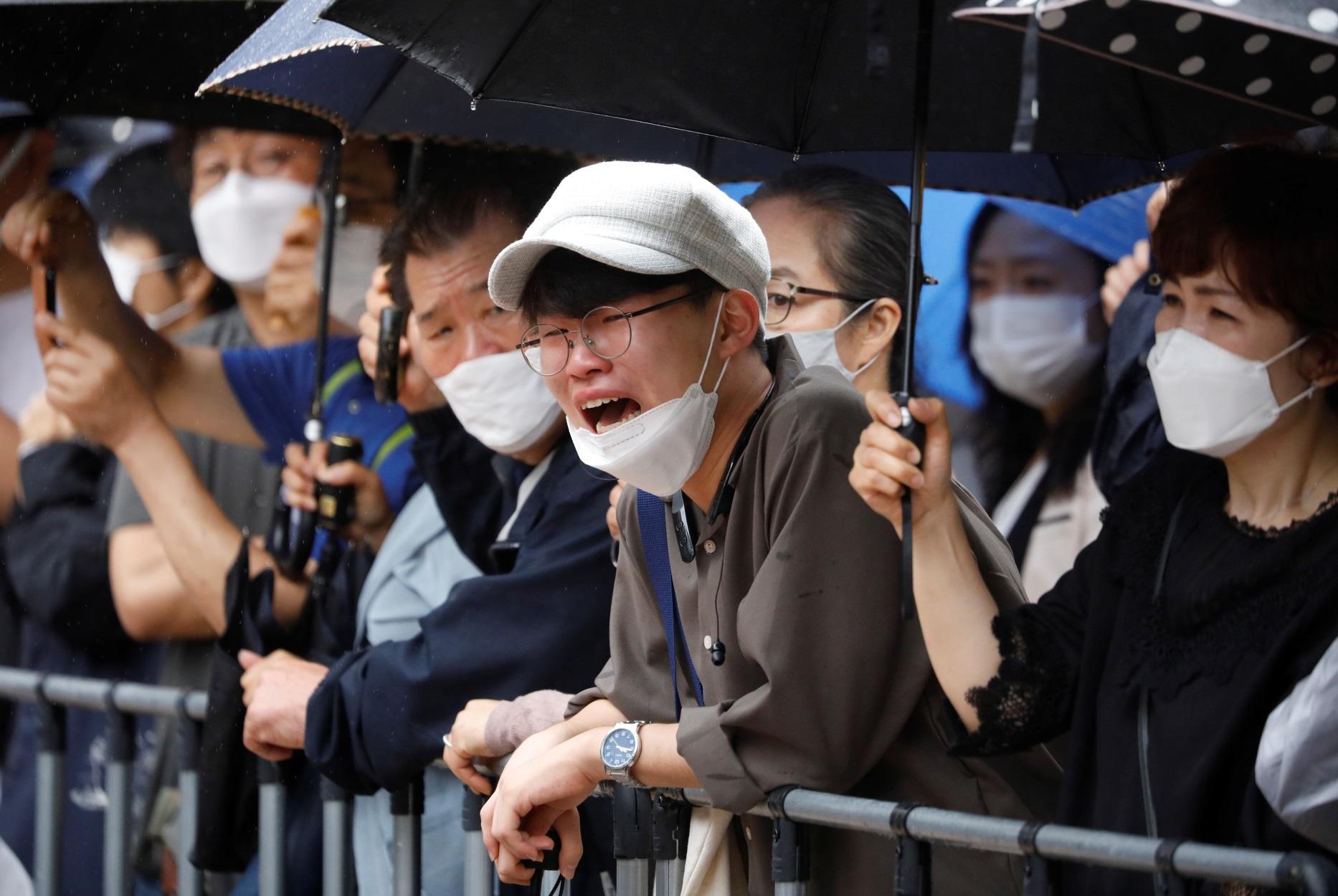 Σεούλ: Σκηνές απίστευτης οδύνης στην κηδεία του δημάρχου που αυτοκτόνησε (pics)