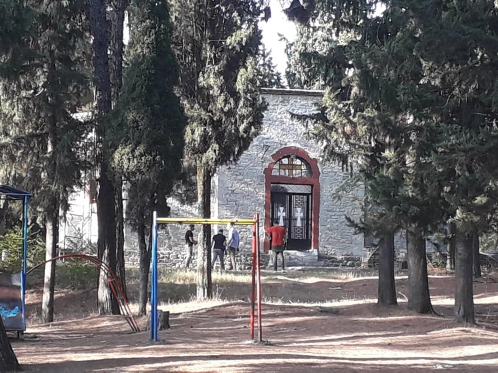 """Τρίκαλα: Ξεσπούν οι συγγενείς της 16χρονης Μαρίας που βρέθηκε νεκρή έξω από εκκλησία! """"Σκότωσαν το παιδί μας"""""""