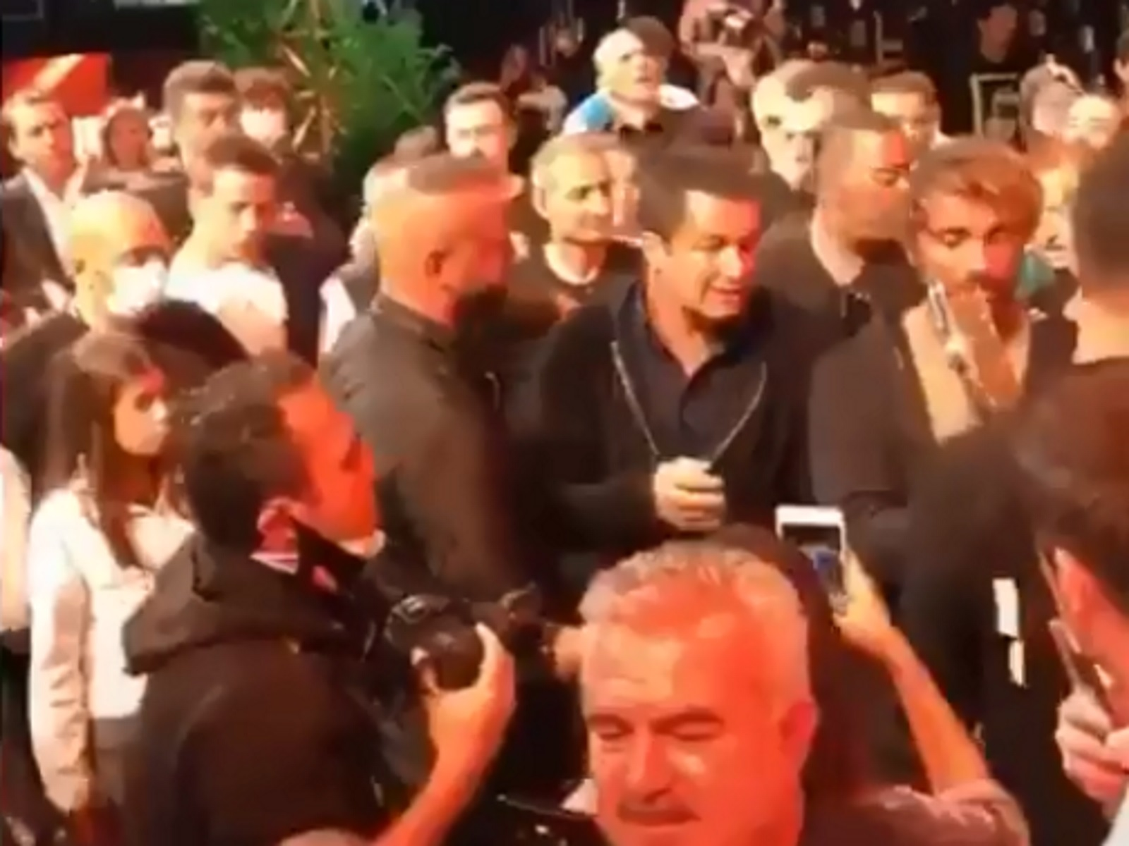 Έξαλλος ο Τούρκος υπουργός Υγείας με τον Acun Ilicali για το Survivor (video)