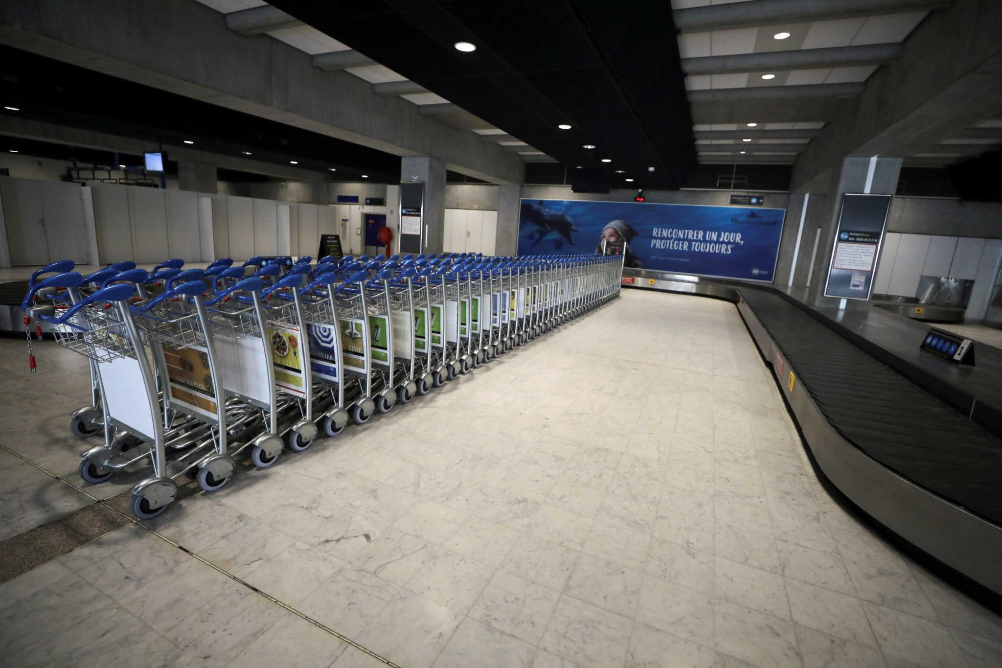 Τελεσίγραφο ΕΕ σε Ελλάδα για τις ακυρώσεις ταξιδιών εξαιτίας κορονοϊού