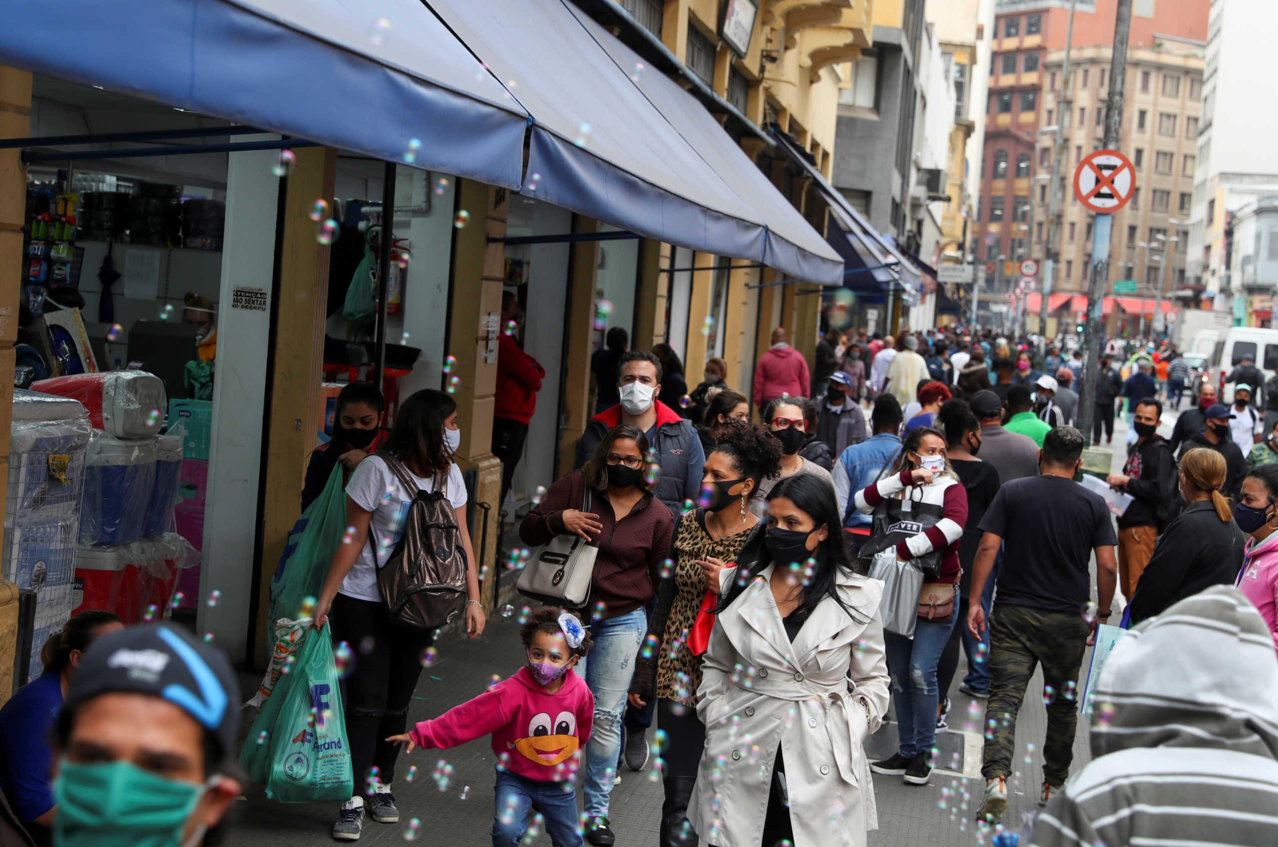Κορονοϊός: Ανησυχητική αναζωπύρωση στη Βραζιλία – Ρεκόρ στους ημερήσιους θανάτους