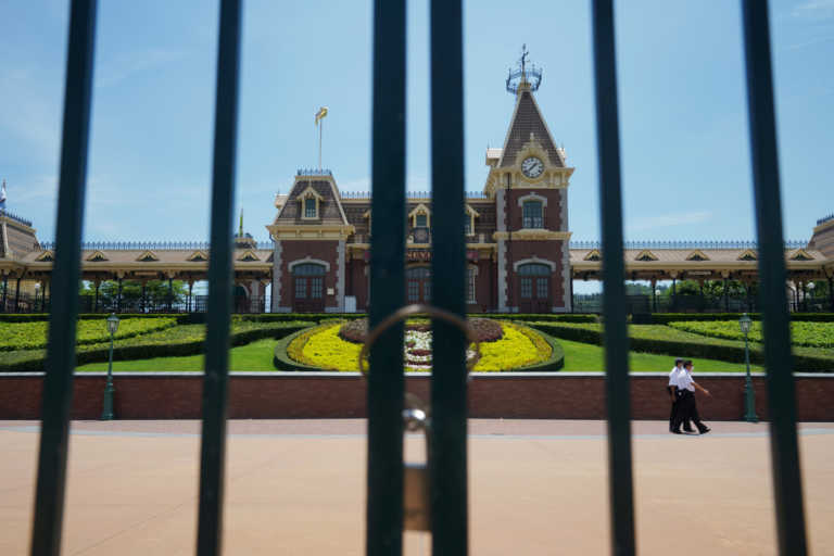 Disneyland – Παρίσι: Κλείνει ξανά με τη Γαλλία από αύριο σε νέο lockdown