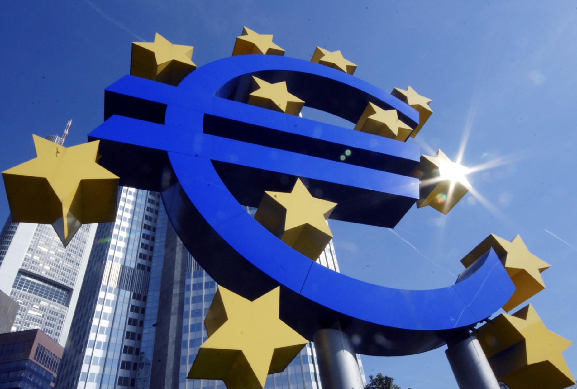 «Βουλιάζει» στην ύφεση η Ευρωζώνη: Πρόβλεψη για 8,3% το 2020