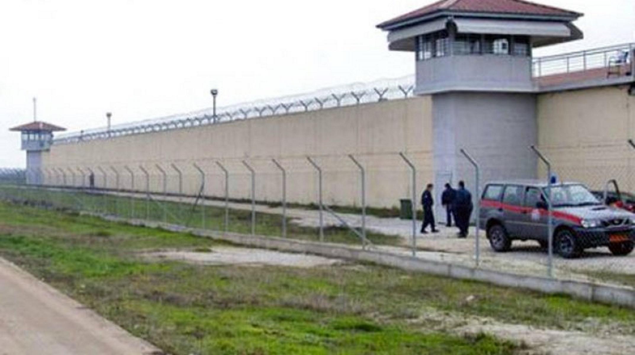 Τρίκαλα: Πέθανε ο κρατούμενος που κατάπιε 11 σακουλάκια με ναρκωτικά