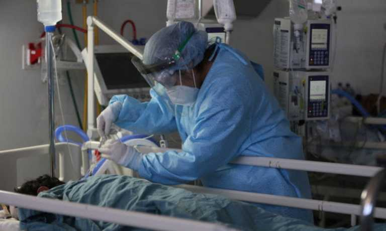 Κορονοϊός – Τσακλόγλου: Εξετάζουμε να θεωρείται εργατικό ατύχημα ο θάνατος από τον ιό