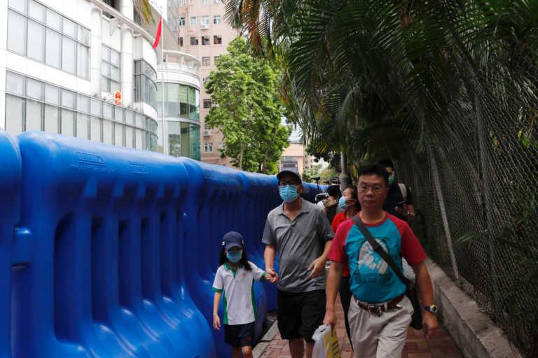Χονγκ Κονγκ: Ενισχύονται τα μέτρα κοινωνικής αποστασιοποίησης για την αντιμετώπιση του κορονοϊού