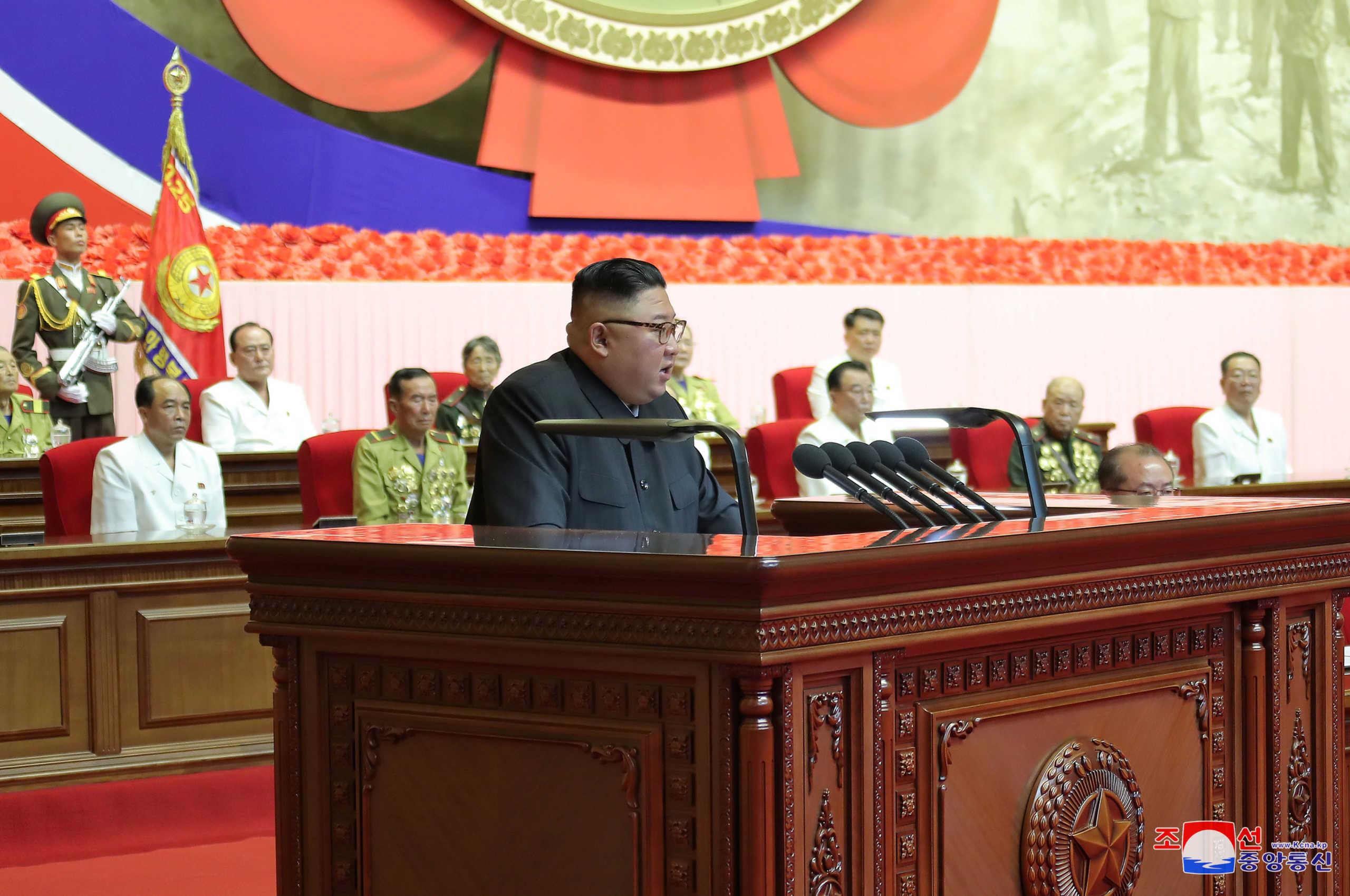 «Βρυχάται» για το πυρηνικό του οπλοστάσιο ο Κιμ Γιονγκ Ουν