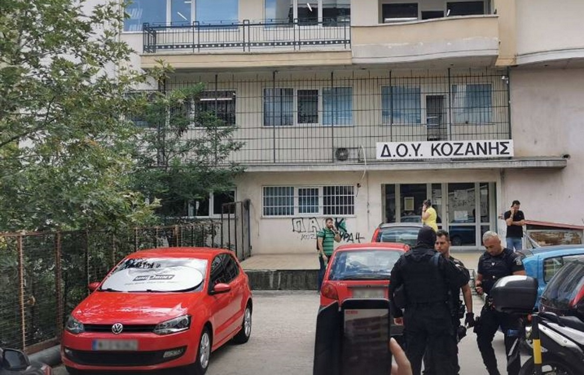 ΑΑΔΕ: Στη Βουλή η τροπολογία για βαριά πρόστιμα σε όσους επιτίθενται σε εφοριακούς