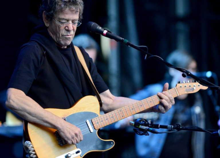 10 ατάκες που μας άφησε ο θρυλικός τραγουδιστής Lou Reed