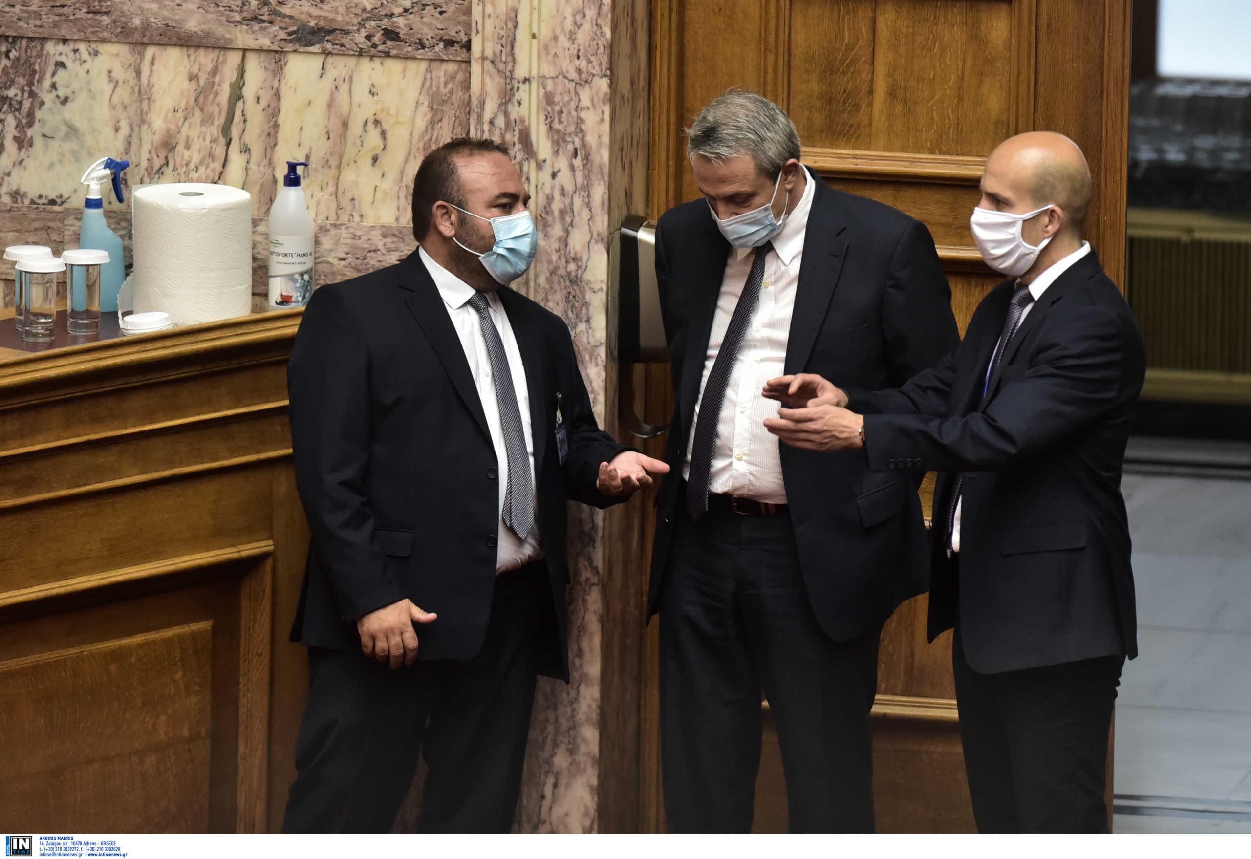 Μάσκα και στην Βουλή! Η απόφαση του Προέδρου για το πότε θα είναι υποχρεωτική