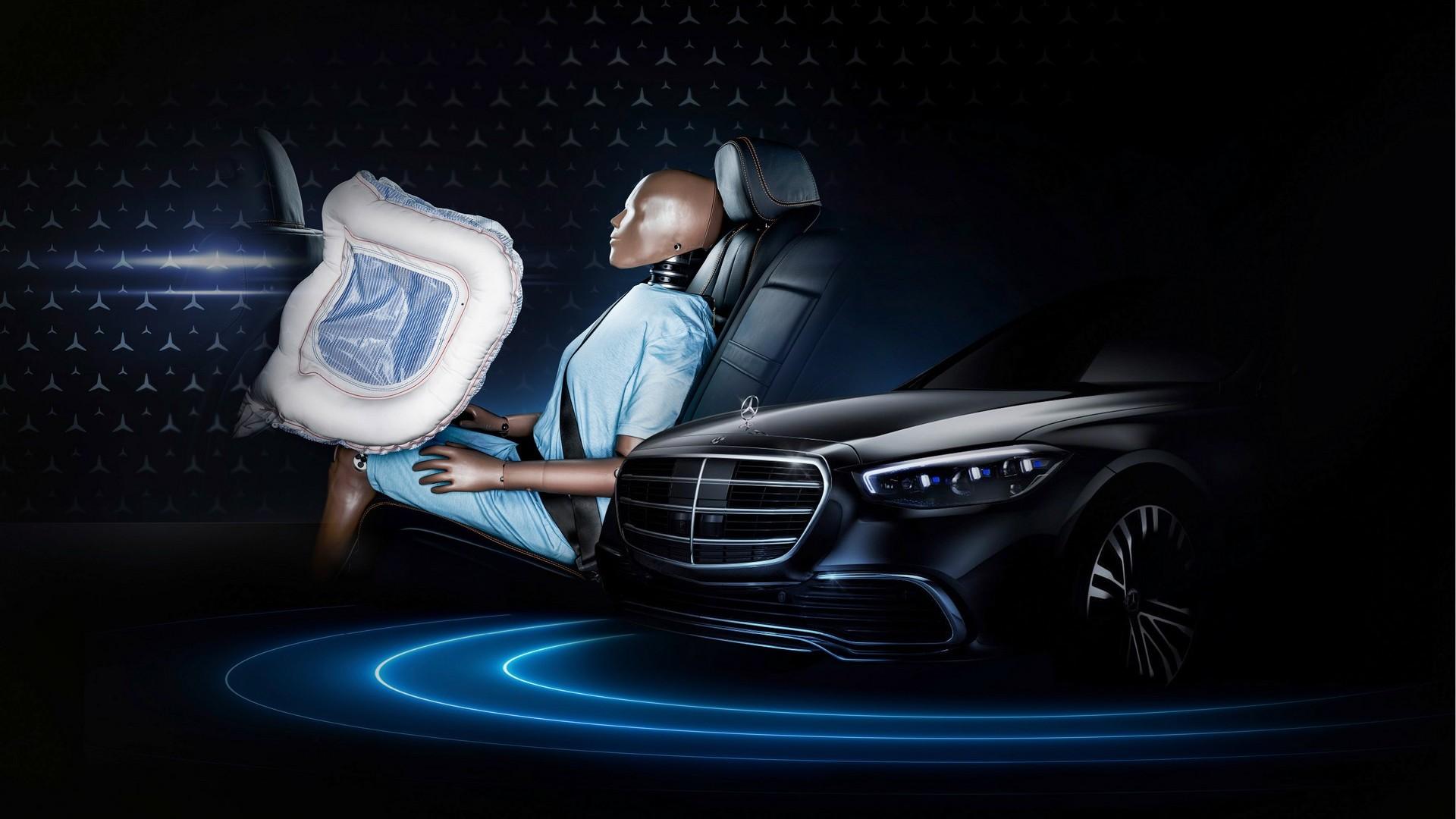 Η νέα Mercedes-Benz S-Class θα έχει αερόσακους και για τους πίσω επιβάτες! [pics]