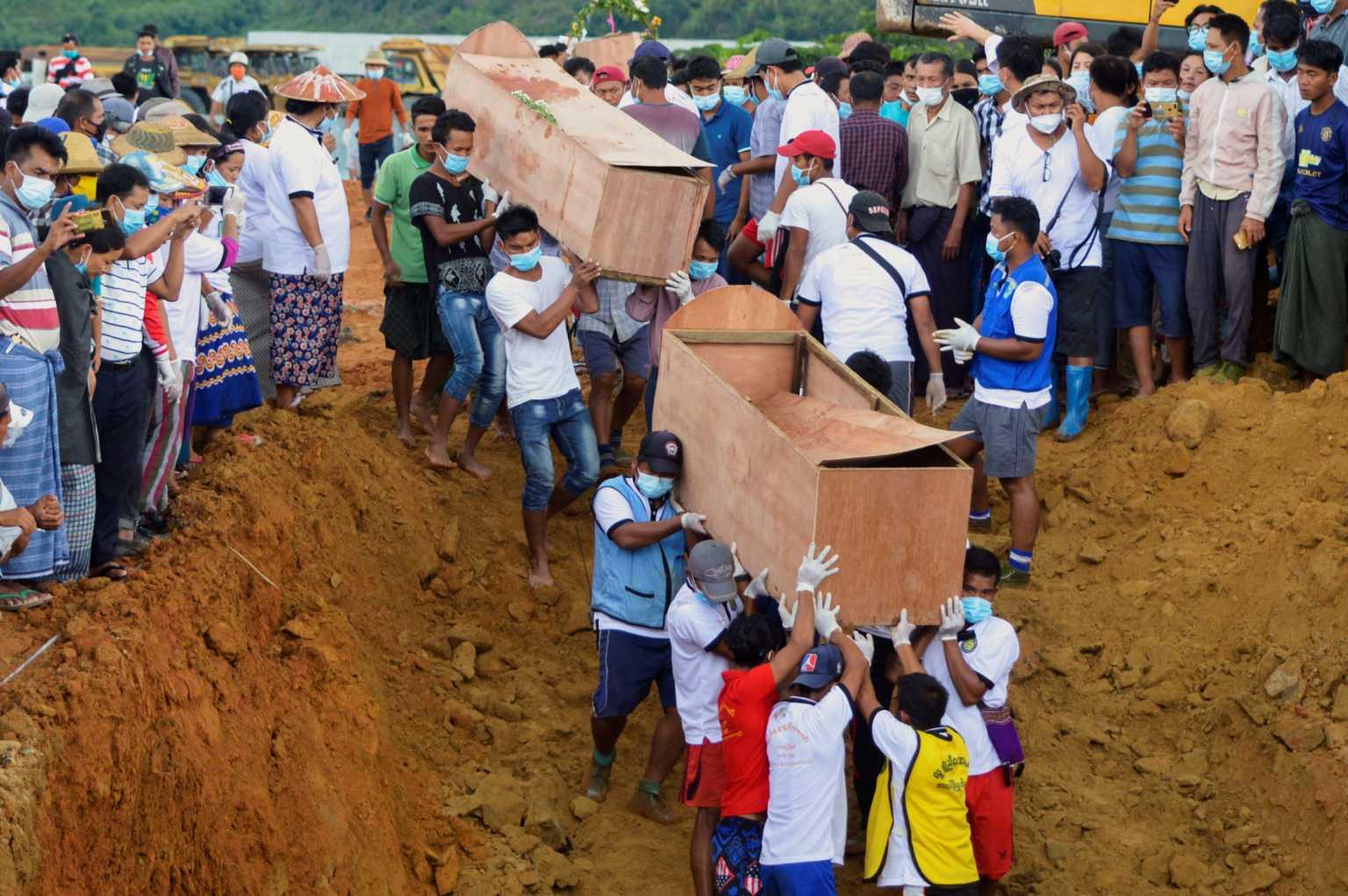 Μιανμάρ: 170 νεκροί έχουν ανασυρθεί μέχρι στιγμής από το ορυχείο που κατέρρευσε