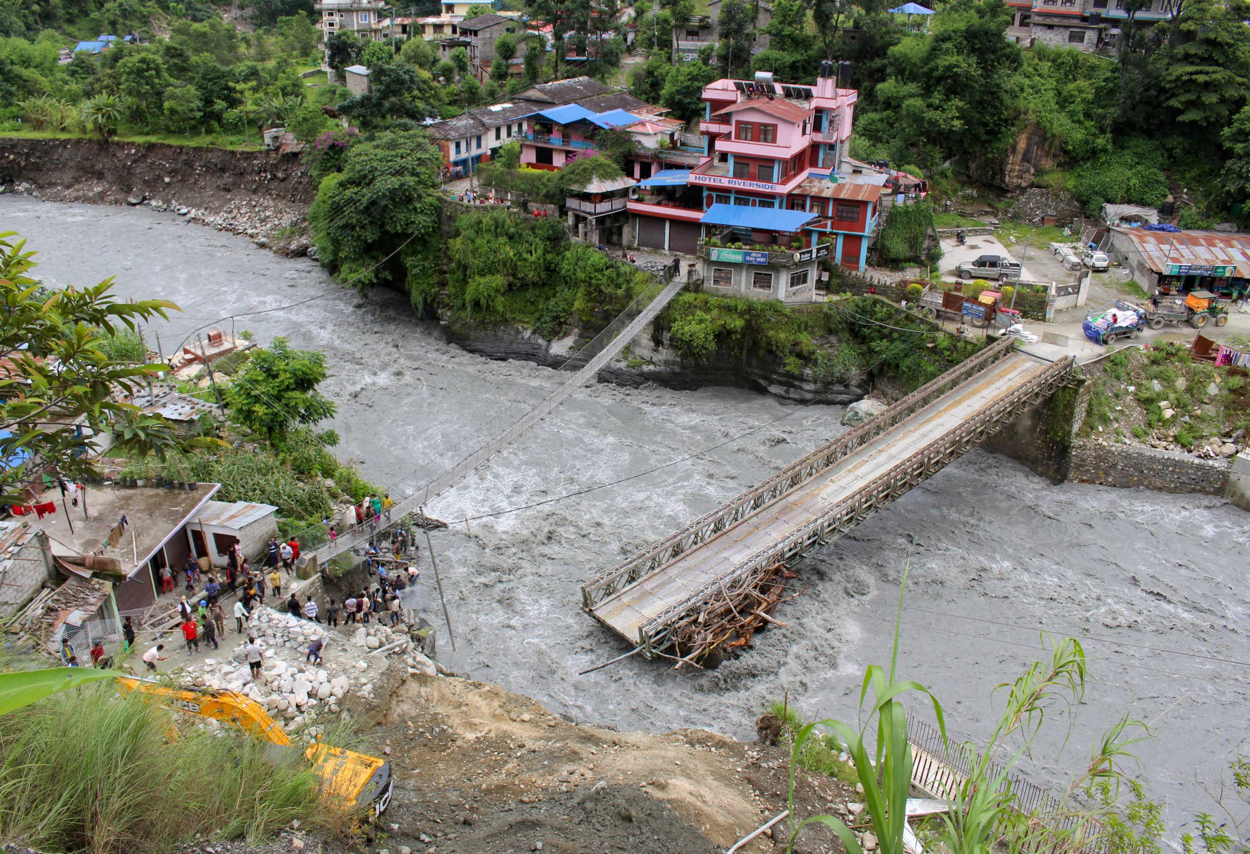 Νεπάλ: Τουλάχιστον 40 νεκροί από ισχυρές βροχοπτώσεις και πλημμύρες