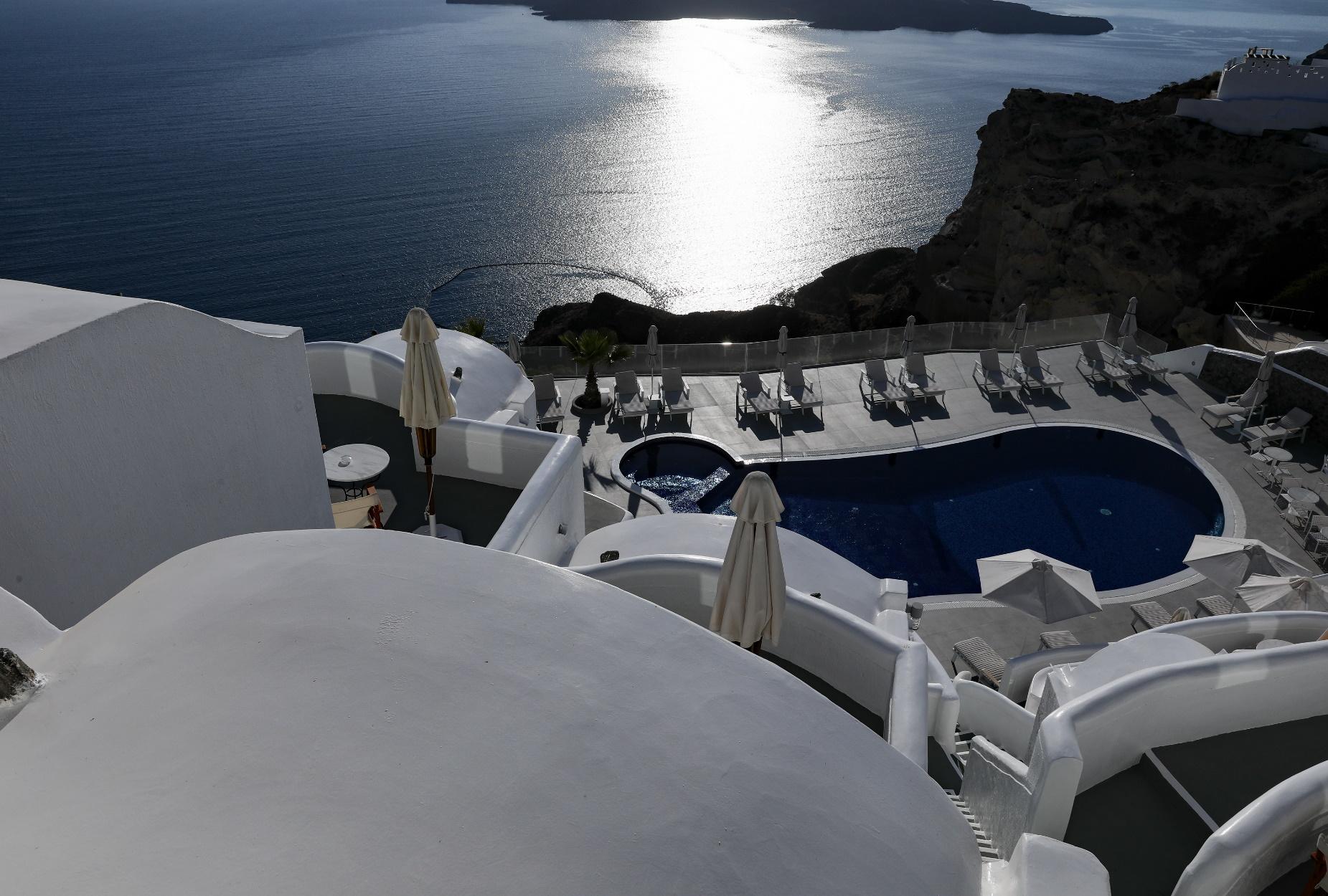 Η Ίος στη λίστα με τα 100 πιο εντυπωσιακά νησιά του κόσμου!