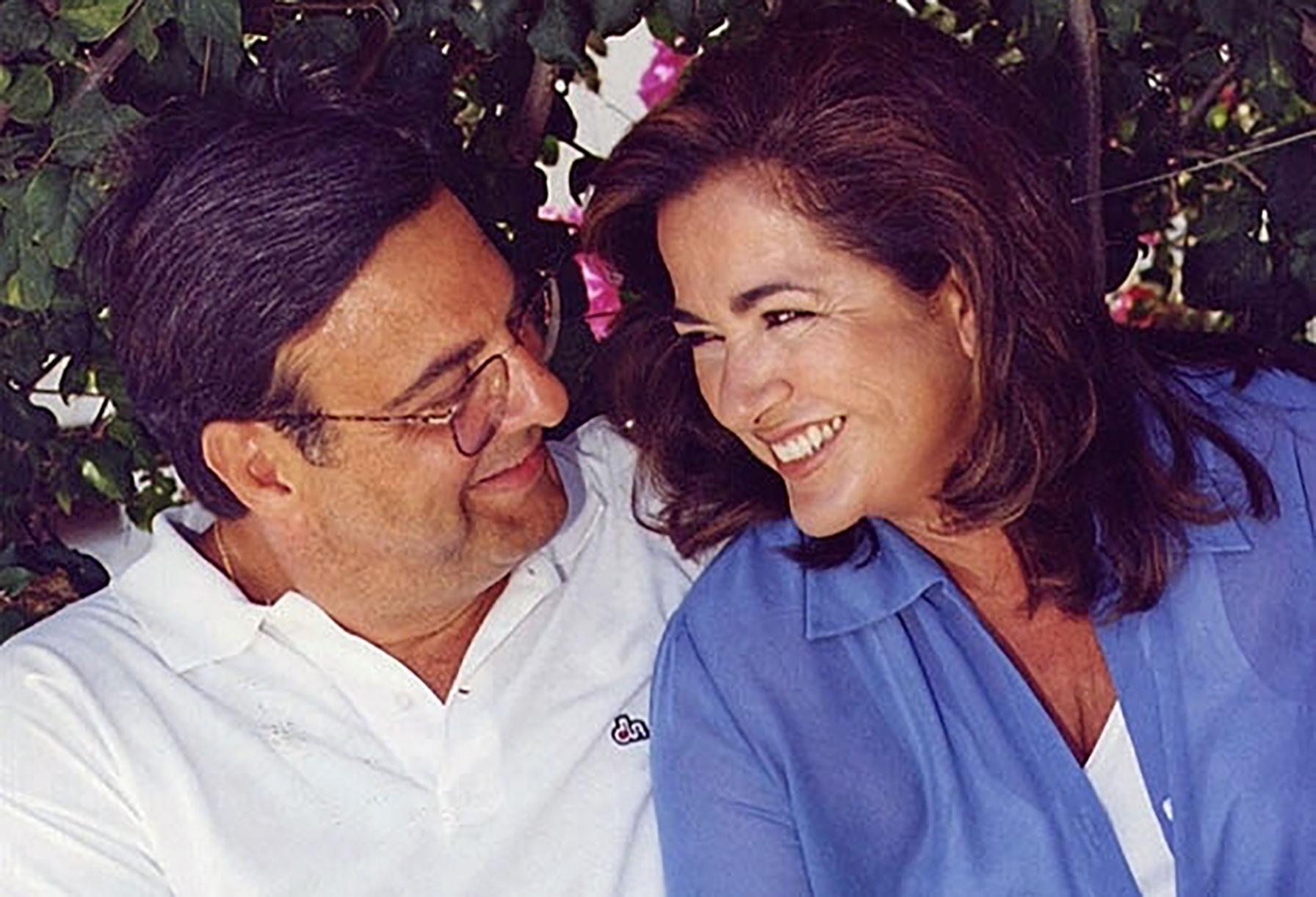 Η τρυφερή φωτογραφία της Ντόρας Μπακογιάννη για τα 22 χρόνια γάμου