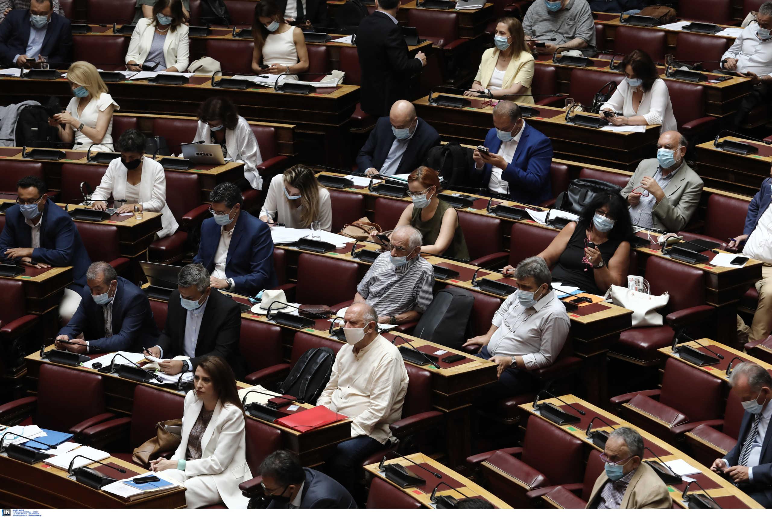 Βουλή: Ψηφίστηκε το αθλητικό νομοσχέδιο – Απαλλαγές ΕΝΦΙΑ και 100.000 θέσεις εργασίας