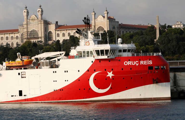 Oruc Reis: Απομακρύνεται και πλέει προς την Αίγυπτο
