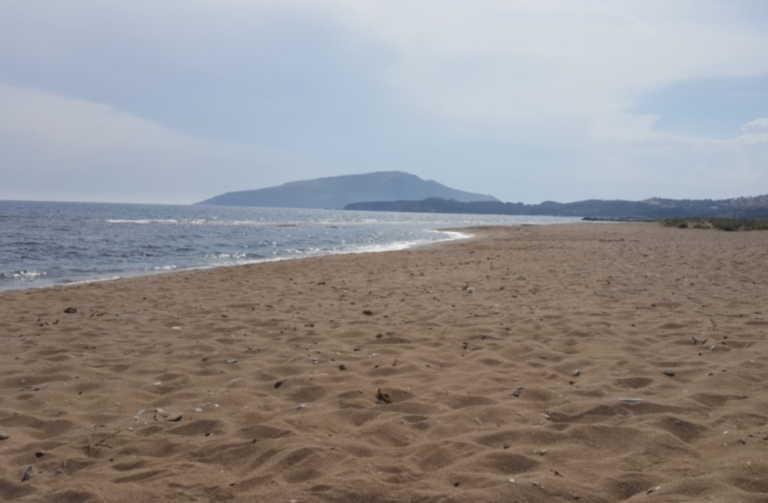 Παραλία Χρηστέα: Η ήσυχη και άγνωστη της Αττικής