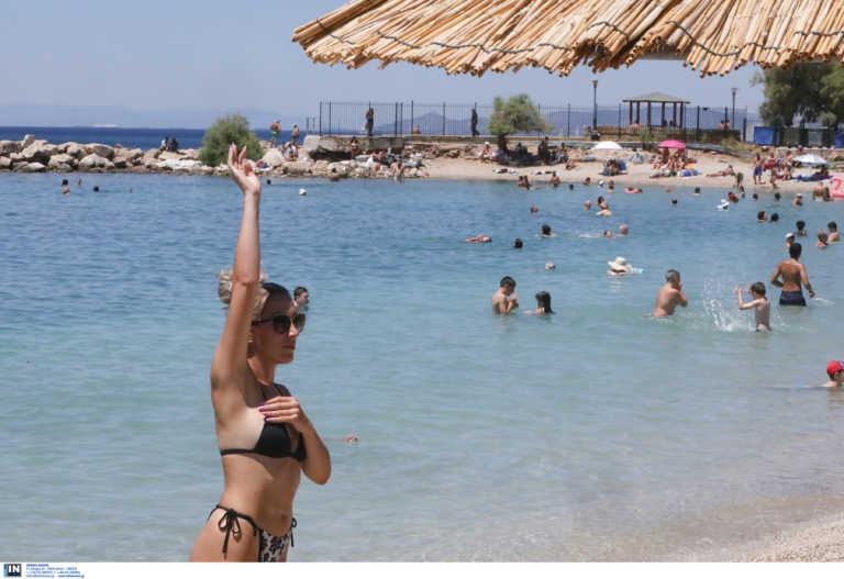 Αυτές είναι οι κατάλληλες παραλίες για μπάνιο στην Αττική