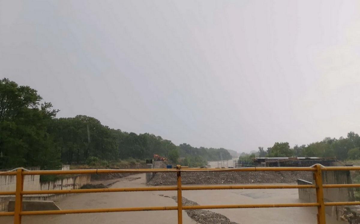 Σχεδόν ξεχείλισε ο Πηνειός Ιούλιο μήνα – Πλημμύρισαν περιοχές