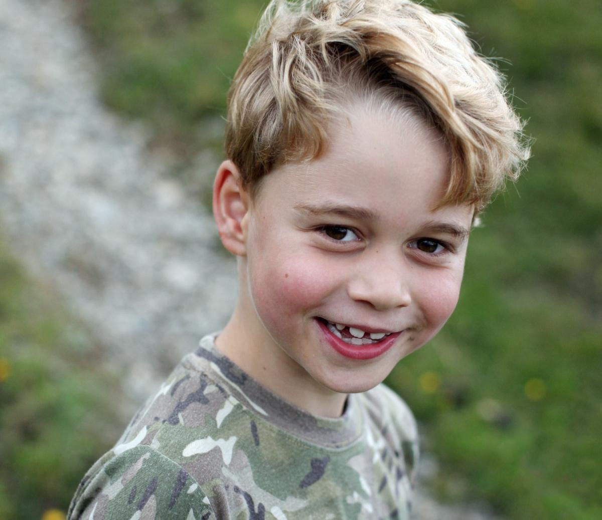 Πόσο έχεις μεγαλώσει Γώγο; Έκλεισε τα 7 ο Πρίγκιπας Τζορτζ