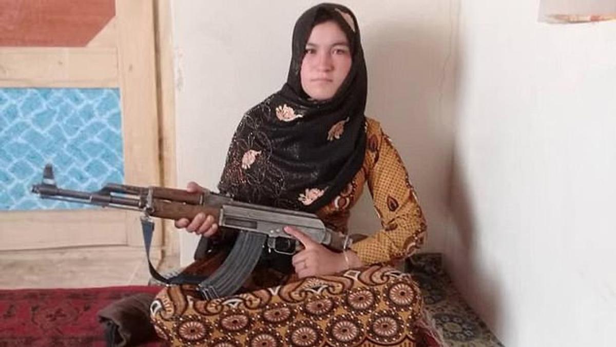 Έφηβη «Ράμπο» σκότωσε 2 Ταλιμπάν και τραυμάτισε πολλούς για να εκδικηθεί τον θάνατο των γονιών της