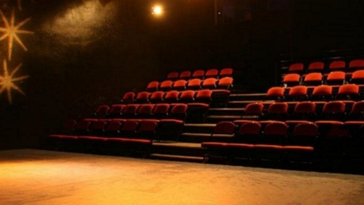 Ώρα εξηγήσεων για τον  ηθοποιό «μαθητή» του Λιγνάδη – Καταθέτει την Παρασκευή