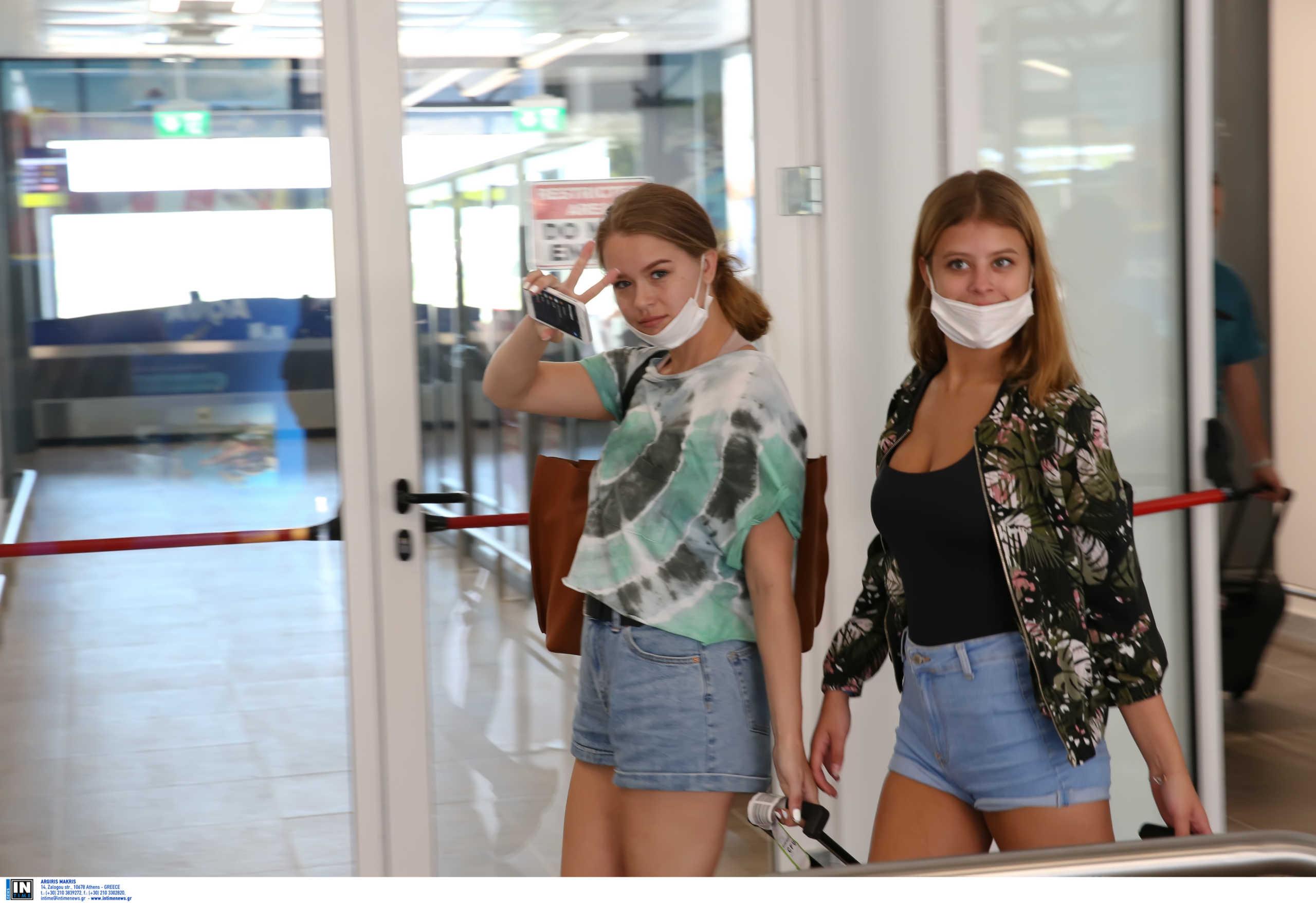 Ζάκυνθος: Οι Βρετανοί ξανάρχονται! Έξι αεροπλάνα φέρνουν τους πρώτους 900 τουρίστες στο νησί