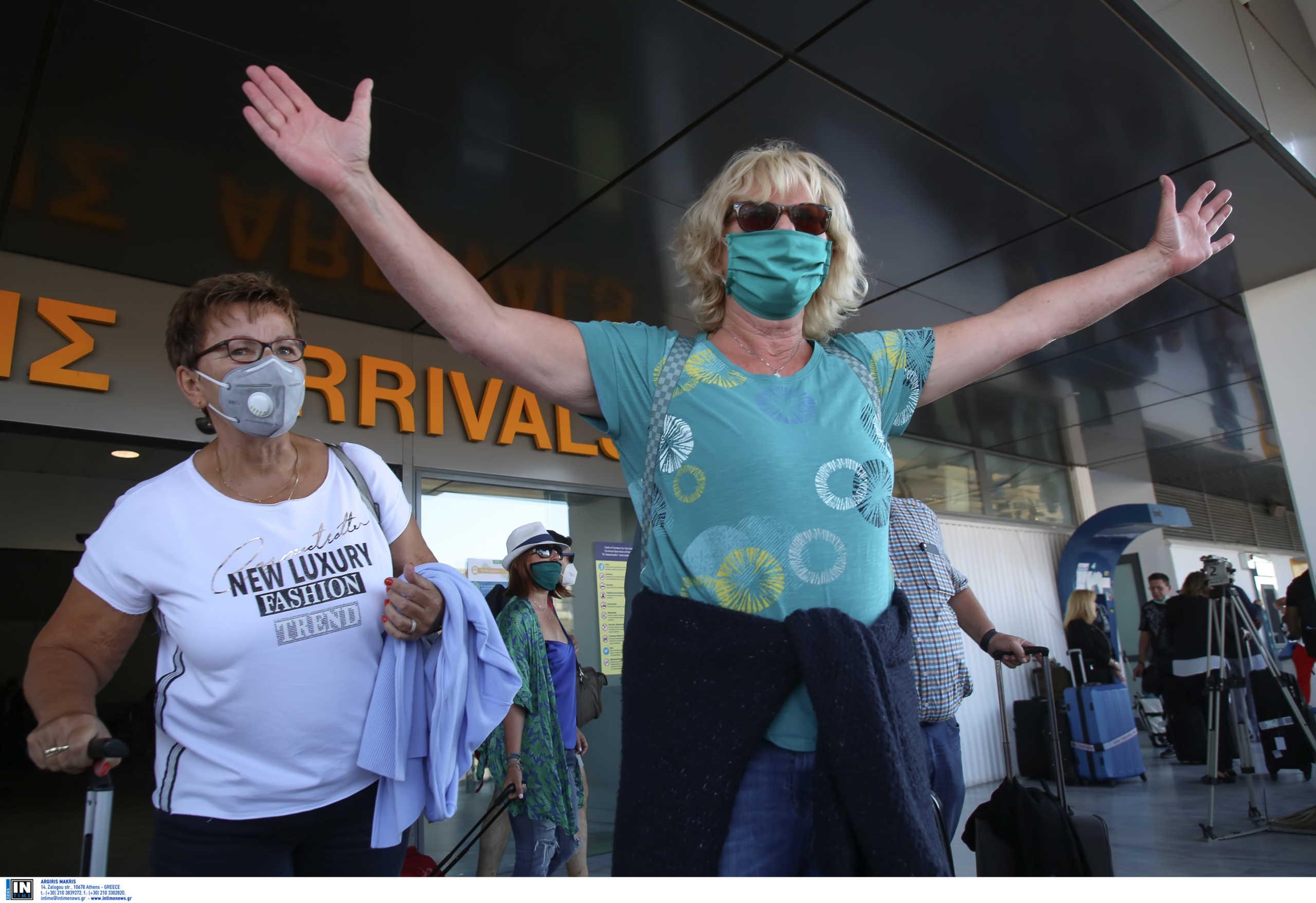 Ηράκλειο: Επιστρέφουν οι Βρετανοί τουρίστες! Γεμάτες οι πτήσεις που έρχονται στο αεροδρόμιο