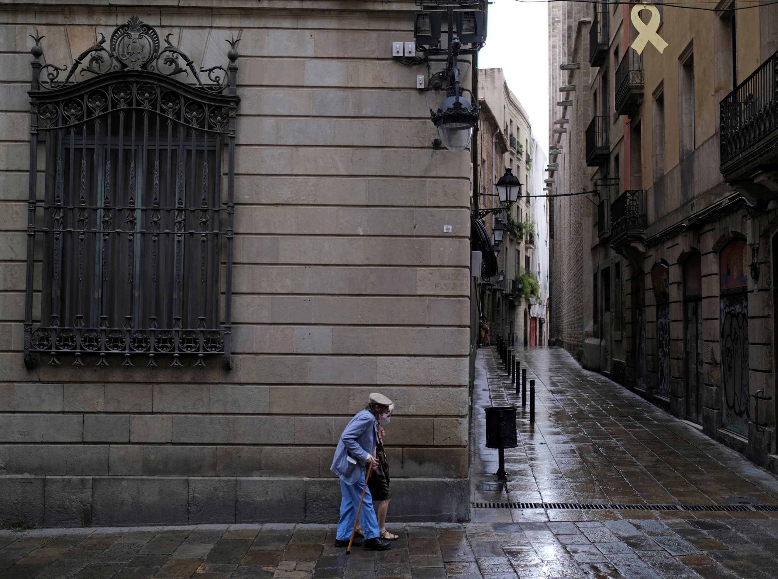 """Καταλονία: Ξανά… """"Μένουμε Σπίτι""""! Έκκληση στον κόσμο σε τρεις πόλεις να μην κυκλοφορεί"""