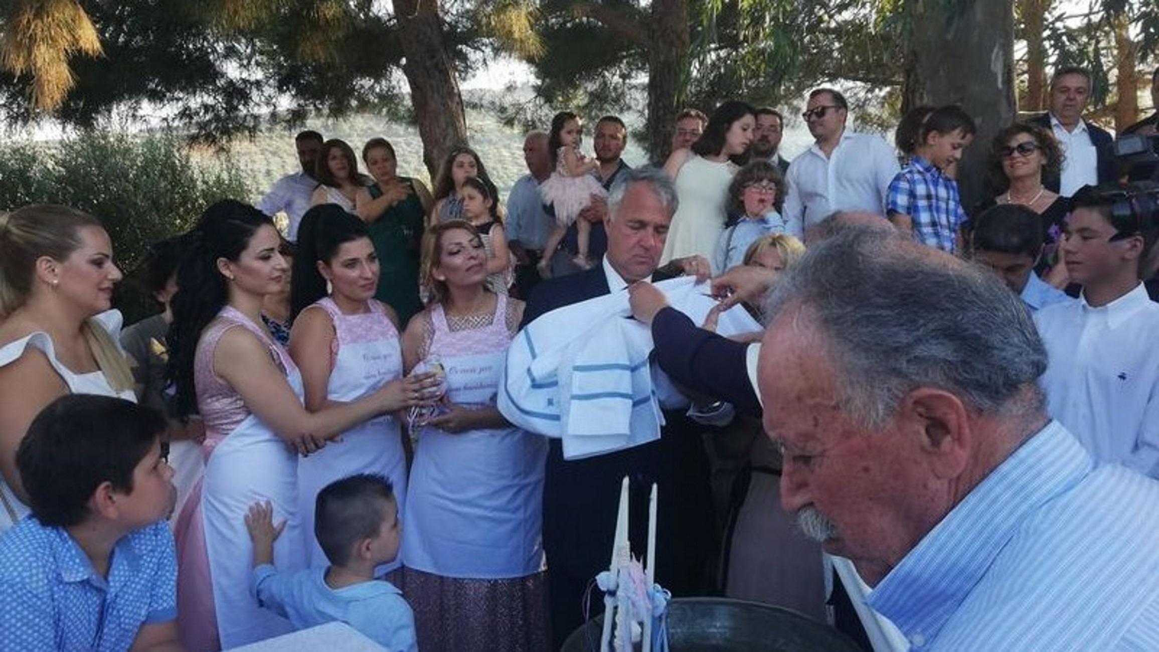 Κρήτη: Νονός ο Μάκης Βορίδης! Η βάπτιση και τα αντικριστά που συζητήθηκαν (Φωτό)