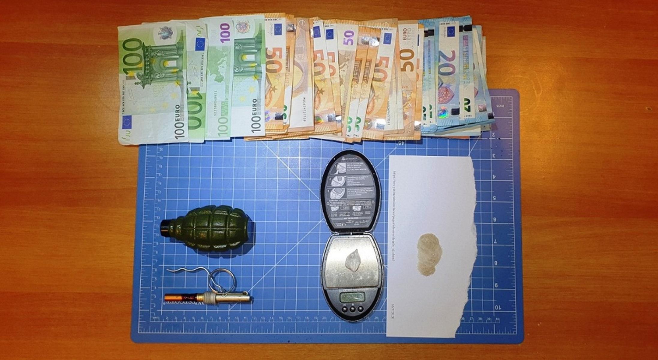 Ηράκλειο: Έκρυβαν στο σπίτι τους χειροβομβίδα και κοκαΐνη – Δύο συλλήψεις