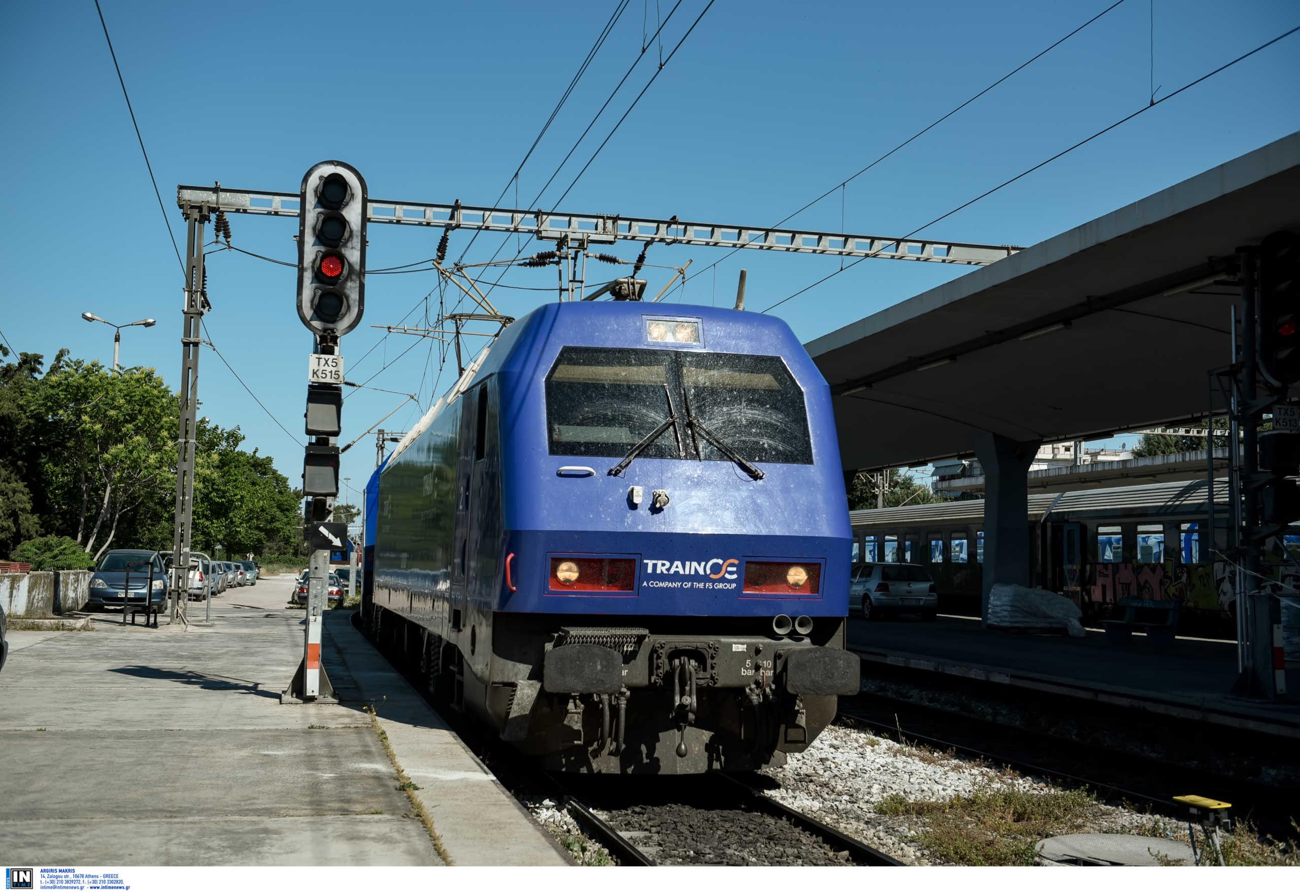 Θεσσαλονίκη: Η βροχή ακινητοποίησε τρένα