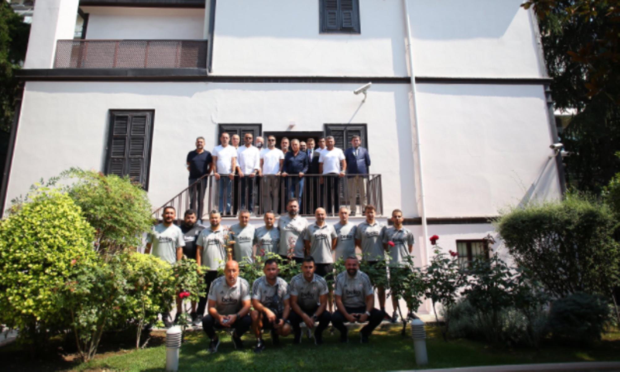 ΠΑΟΚ – Μπεσίκτας: Στο σπίτι που γεννήθηκε ο Κεμάλ Ατατούρκ αντιπροσωπεία των Τούρκων! (pics)