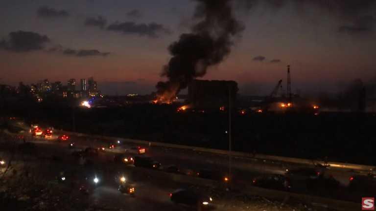 """Λίβανος: Σοκ και δέος από τις εκρήξεις που συγκλόνισαν τη Βηρυτό – """"Μας επιτέθηκαν"""" λέει κλαίγοντας ο κυβερνήτης"""