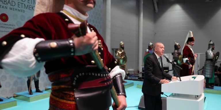 Πρώην ΥΠΕΞ Τουρκίας Γιακίς: Η κατάσταση θυμίζει τον Α' Βαλκανικό Πόλεμο