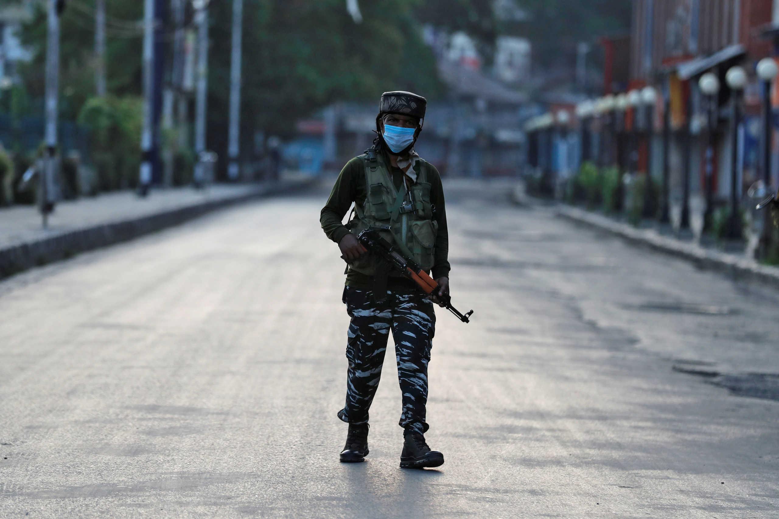 Τρεις νεκροί στην Ινδία λόγω μιας… ανάρτησης στο Facebook