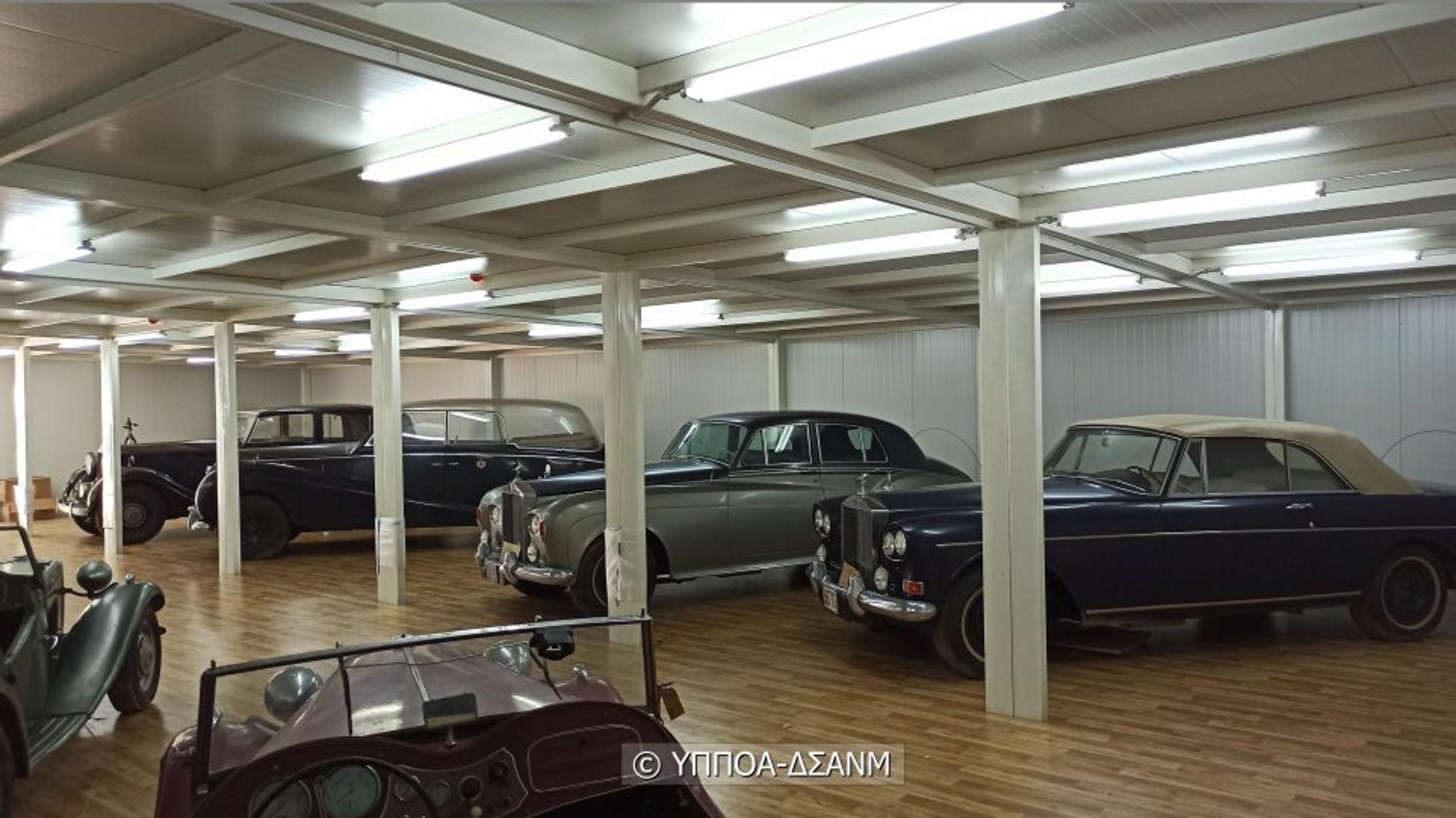 Ξαναζωντανεύουν τα οχήματα της τέως βασιλικής οικογένειας (pics, video)