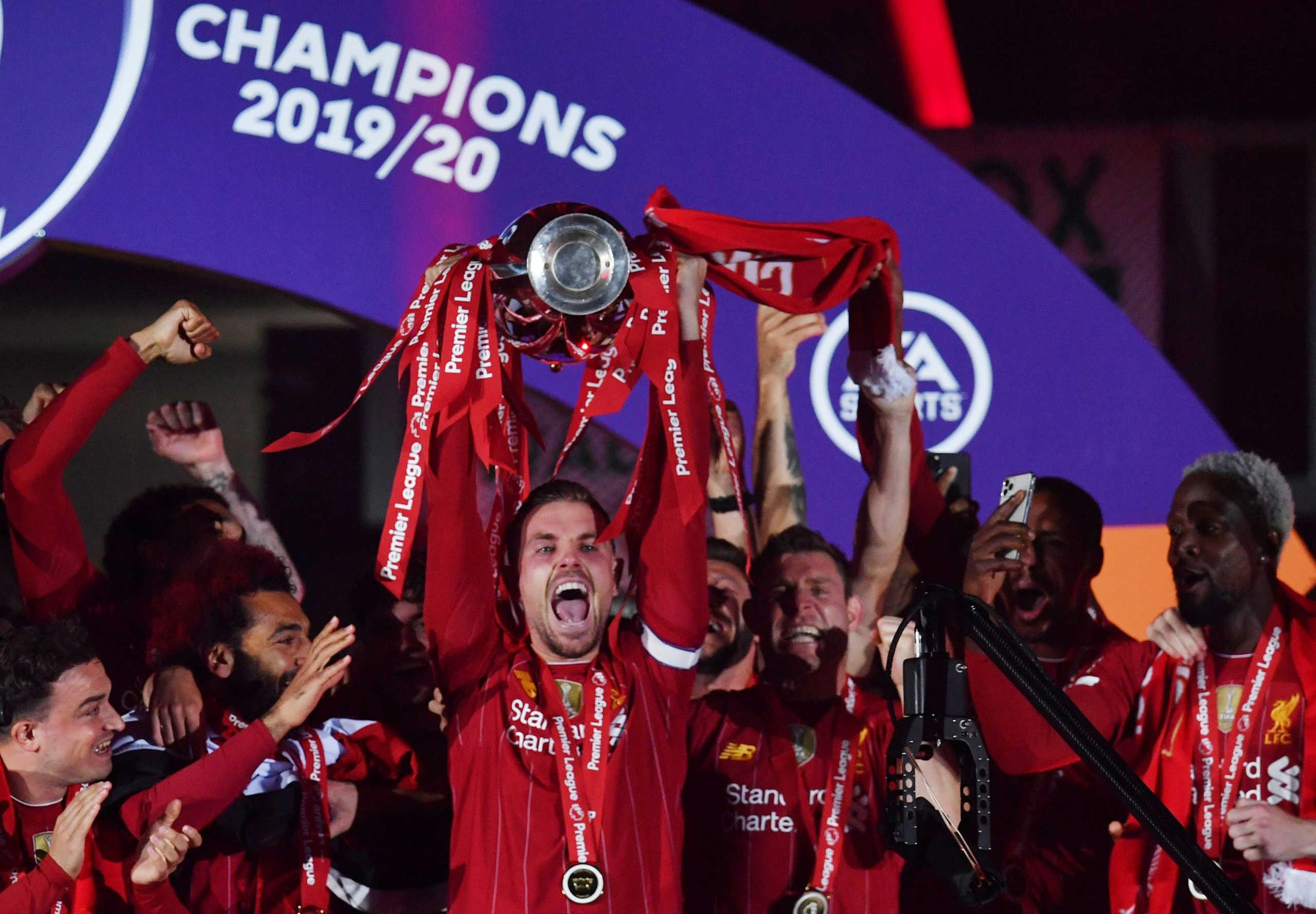 Premier League: Αυτή είναι η ενδεκάδα της σεζόν! Πέντε παίκτες της Λίβερπουλ χωρίς Σαλάχ (video)