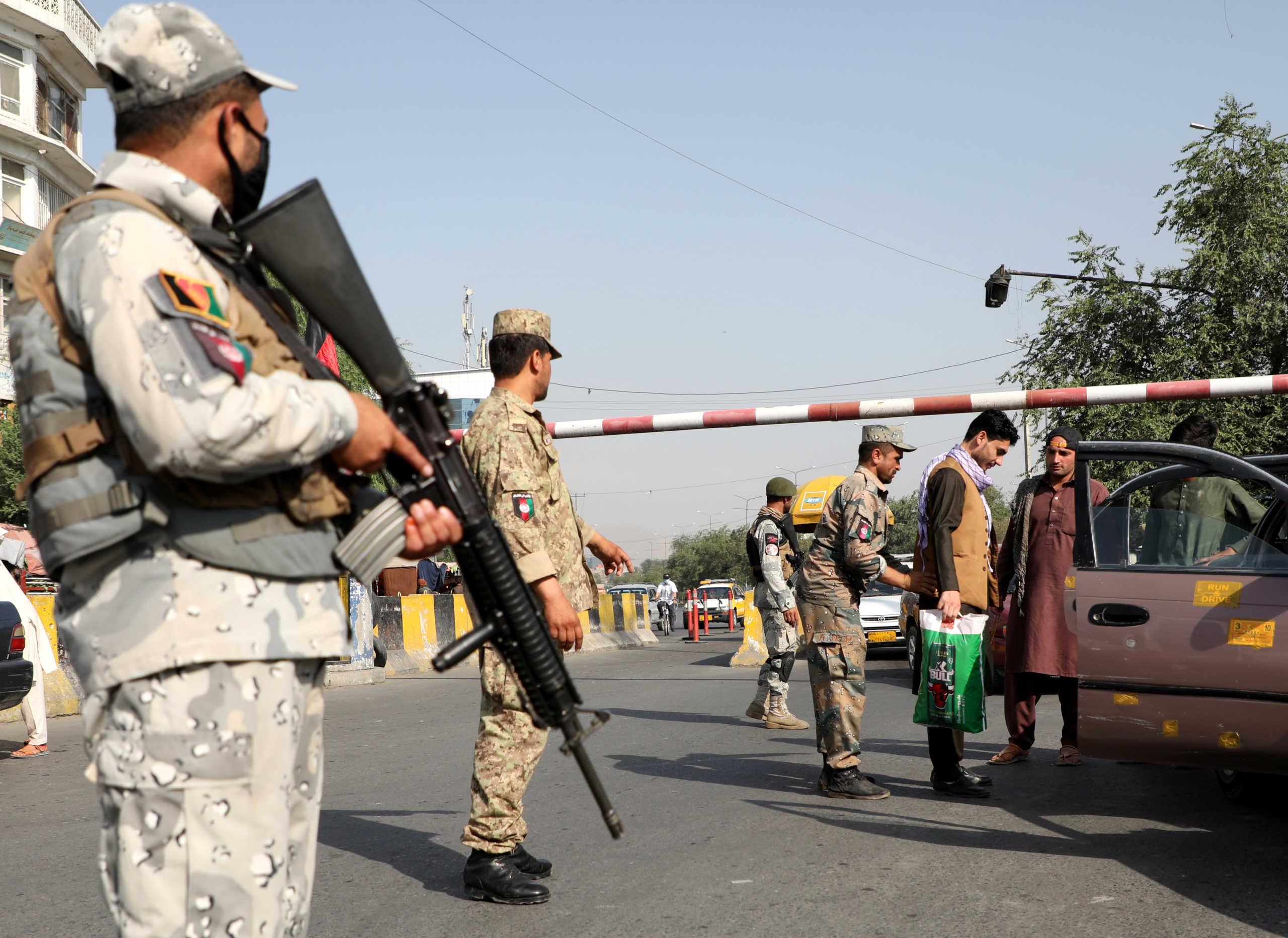 """Αφγανιστάν: """"Καλό νέο"""" για τους Ταλιμπάν η αποχώρηση 2.000 Αμερικανών στρατιωτών"""